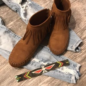 Shoes - Festival Vibe Moccasin Booties